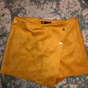 Zara Gold Velvet Shorts/Skirt